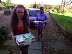 Pizzabotinnen bekommen alle Löcher gestopft
